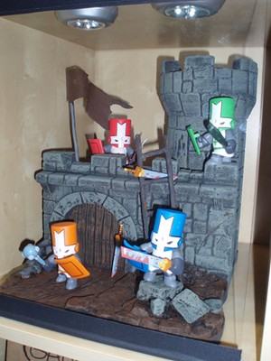 Castle Crasher figures.